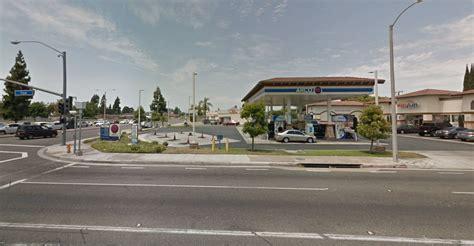 Garden Grove News 2 Armed Robbers Hit Garden Grove Gas Station Flee