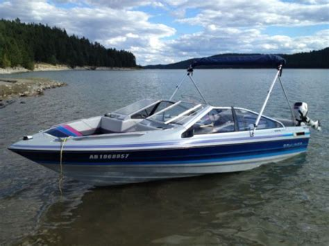 bayliner hits boat wakeboard tower 1989 17 bayliner capri google search