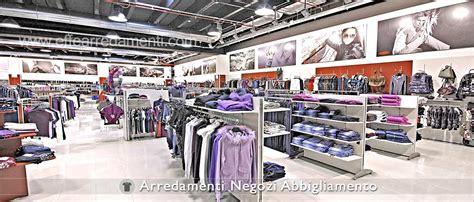 stock mobili torino e provincia arredamenti negozi abbigliamento sicilia arredamento