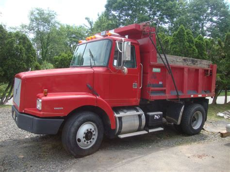commercial truck for sale volvo volvo trucks for sale volvo commercial used tipper
