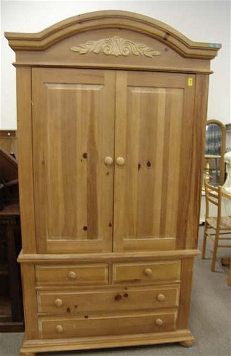 Broyhill Tv Armoire 28 Images 299 Broyhill Fontana Tv Armoire Castroville For Sale
