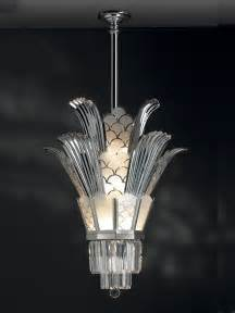 Art Deco Style Chandeliers Art Deco Chandelier On Pinterest Art Deco Lighting Art
