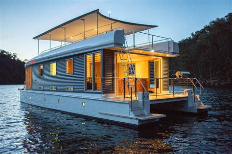 houseboat loan tips for buying a houseboat boat loans au