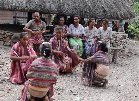 Agama Dan Modernitas suku boti ntt pertahankan budaya nenek moyang di tengah