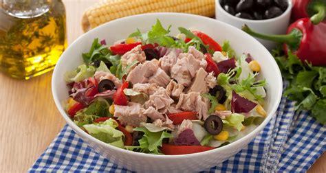 kz patlcanl domates sosu dokuzuncubulutcom ton balıklı salata tarifi