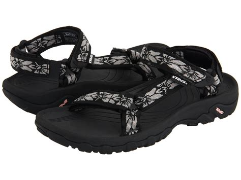 sandals at the teva hurricane xlt at zappos