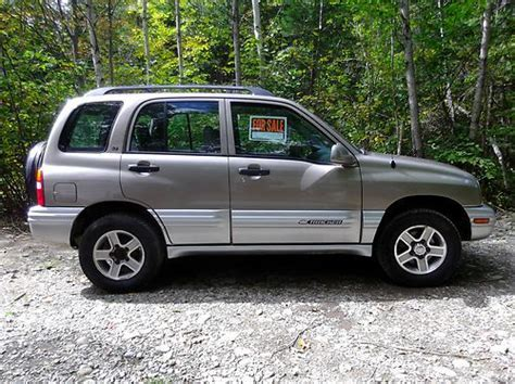 manual cars for sale 2002 chevrolet tracker transmission control find used 2002 chevy tracker lt gold leather 4x4 4wd 6 cylinder luxury model in winterport