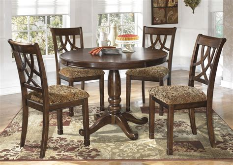 Dining Tables 4 Chairs Alabama Furniture Market Leahlyn Dining Table W 4 Side Chairs