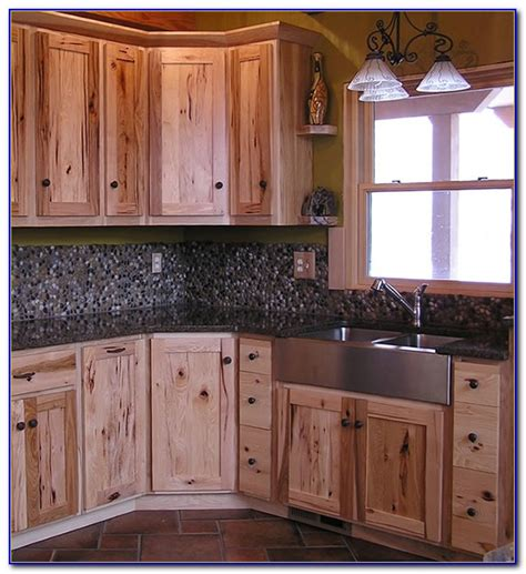 rustic hardware for kitchen cabinets rustic kitchen cabinets pinterest kitchen set home