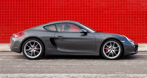 Good Sports Compact Car #11: PORSCHE_CAYMAN_S_01pop.jpg?itok=t6HwxTgq