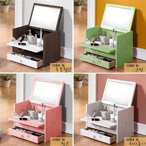 Makeup Dressers Vanity by 25 Best Ideas About Makeup Dresser On