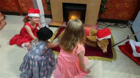 mrs claus shop joondalup prices meet santa and mrs claus at santaland this 2016 perth