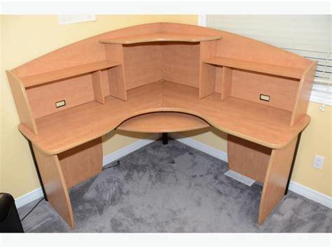 Corner Office Desk W Hutch And Keyboard Tray Nepean Ottawa Office Desk With Keyboard Tray