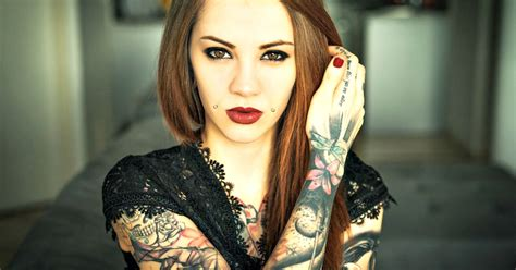 tattooed babe dating a with tattoos deal breaker or not