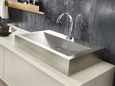 lavelli inox prezzi lavabo in acciaio boiserie in ceramica per bagno