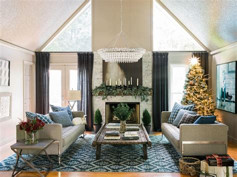 hgtv holiday home decorating how to clean the house for guests in 15 minutes hgtv s