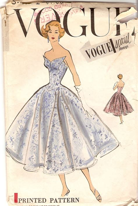 230 Vogue Covers History Of Fashion In Pictures by Vogue S 4772 Vintage Sewing Patterns Fandom Powered By