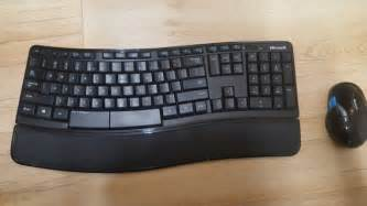 Microsoft Sculpt Comfort Keyboard And Mouse by Microsoft Sculpt Comfort Keyboard And Mouse For Sale In