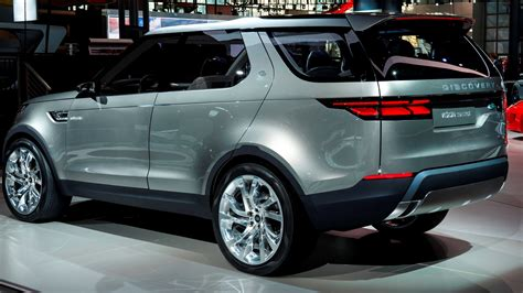 land rover sedan concept update1 land rover discovery concept previews 2016 lr4