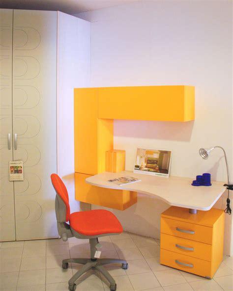 scrivanie per camerette prezzi promozione scrivania compact camerette a prezzi