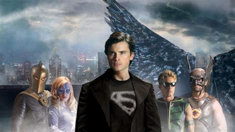 absolute justice league the 140127370x smallville absolute justice are you ready comic vine
