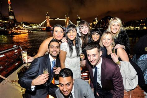 thames river cruise birthday party birthday boat party boat party london london party boats