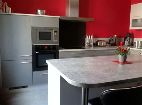 cuisine mur et gris cuisine avec mur gris