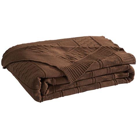 camif linge de lit 1282 plaid et couvre lit tarrano