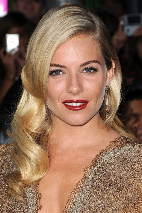 get hollywood celebrity hairstyles at home wave your hair the old fashioned classic hollywood way
