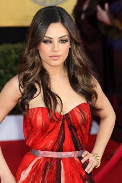 lowlighting the hair under the top layer mila kunis peekaboo highlights love highlights
