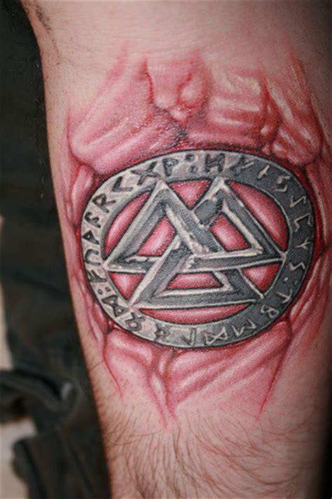 kern design meaning valknot runes tattoo pic 2 fresh ink next morning