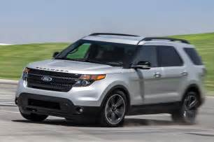 2013 ford explorer sport ecoboost 4wd front view in motion