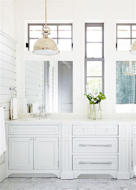 elegant cottage  muskoka lark linen