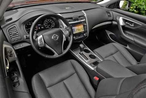 Nissan Altima 2014 Interior by How The 2014 Nissan Altima 3 5 Sl Makes Family Sedan