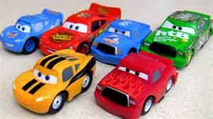Lightning Mcqueen Cars 2 Adventure Dinoco Hicks Vs Lightning Mcqueen Mini Adventures 2