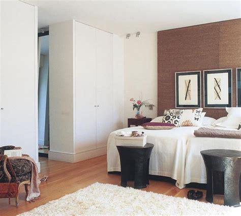decorar habitación de matrimonio pequeña muebles de salon baratos color wengue