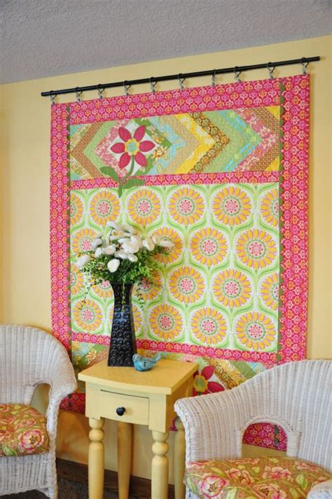 Quilt Hangers For The Wall by 25 Best Ideas About Hanging Quilts On Quilted