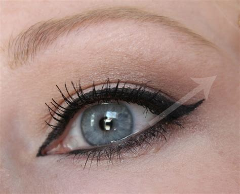 Eyeshadow Hooded winged eye makeup for hooded makeup vidalondon