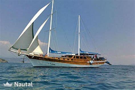 sailing boat ketch sailing boat rent ketch luxe in marmaris yacht marina