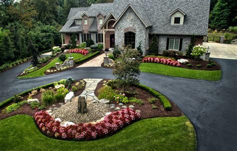 horseshoe driveway landscape design