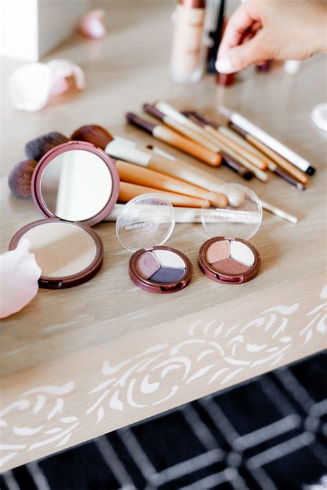 Mineral Makeup A Whole Foods Near You by Whole Foods Makeup Brands Style Guru Fashion Glitz