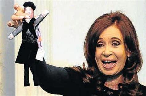 imagenes comicas cristina kirchner para los uruguayos cristina es la mandataria con peor imagen