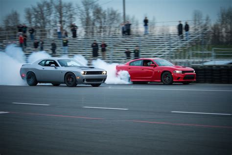 dodge challenger and dodge charger 2016 dodge challenger and charger srt hellcat production