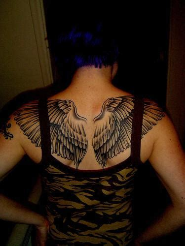 dream catcher znacenje wings tattoos page 8