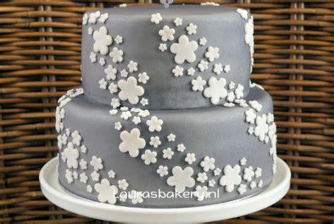 25 jaar getrouwd recept recept voor zilveren taart voor 25 jarig huwelijk foody nl