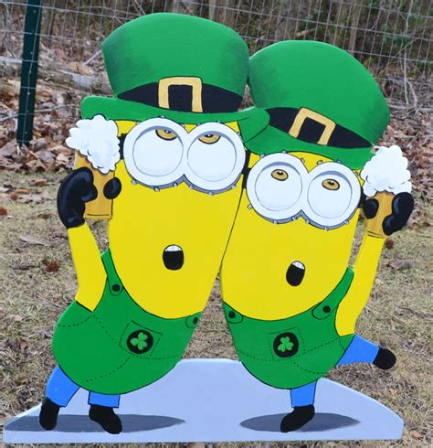 st s day minion pics minion happy st patricks day www imgkid the image kid has it