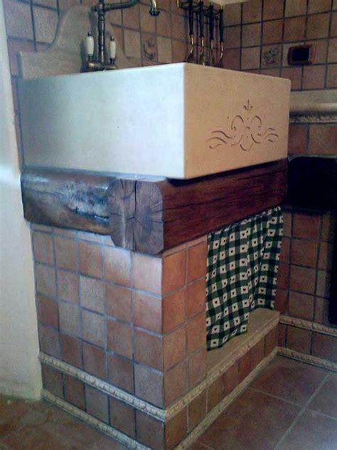 lavandini per cucina lavandino in pietra per cucina in muratura la pietra