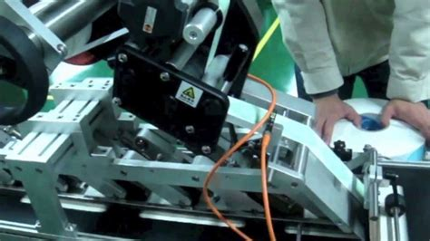 Bottle Plastik Segi top labeling machine mesin plastik