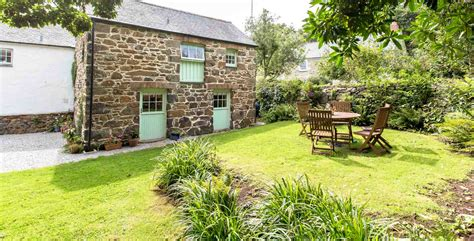 Cottages Lizard Cornwall by Traditional Cornish Cottage The Lizard Cornwall