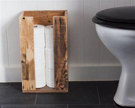 le aus alten holzbalken 1000 id 233 es sur le th 232 me stockage de papier de toilette sur